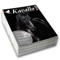 KavalloMagazin: Alles über Pferde und ihre Menschen in der Schweiz Kavallo steht für die Faszination und die Liebe zum Pferd. Die Redaktion arbeitet professionell und transparent nach journalistischen Grundsätzen und scheut sich auch nicht vor offenen Diskussionen. Interviews. kontroverse Meinungen und Hintergrundberichte wechseln sich in gesundem Mass mit Porträts ab. Kavallo ist auch eine offene Plattform für Menschen mit der Passion Pferd. Es spiegelt die Szene ambitionierter Sport- und Freizeitreiter ohne selbst zu werten und schafft Raum für Vielfalt und emotionale Nähe. Die Kombination mit der Online-Community auf kavallo.ch und Socia-Media-Diensten ermöglicht die Berücksichtigung breiter Leserinteressen und den Aufbau einer starken emotionalen Bindung.