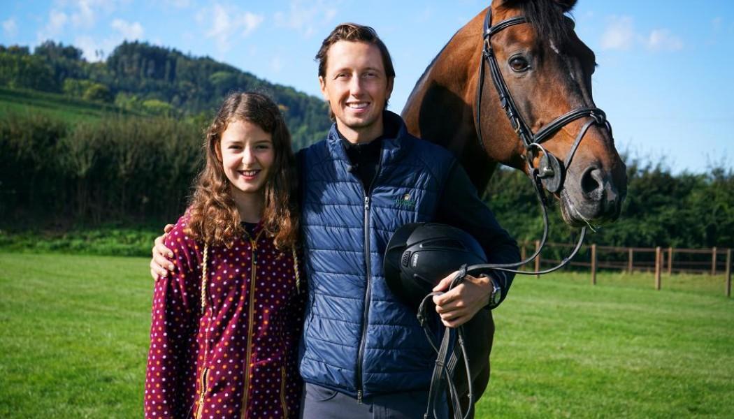 Anna Zöllig erfüllt Kinderwünsche Staffel 3 2020 Luna (11) besucht Profi-Springreiter Martin Fuchs Copyright: SRF